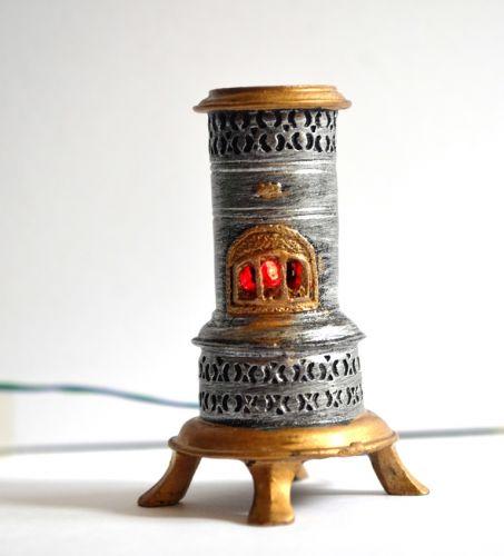 flickering Valor paraffin heater 1880-1970's